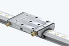 Linjärstyrningar med hydrostatisk kompaktstyrning